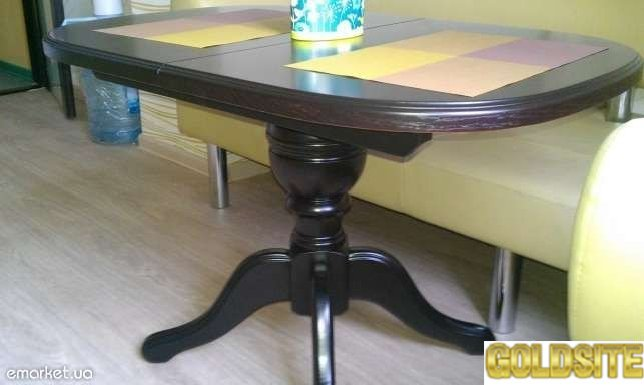 Продам стол кухонный