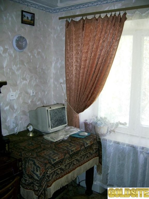 Сдам комнату в 2-х ком.   кв.   в районе Печерской пл.