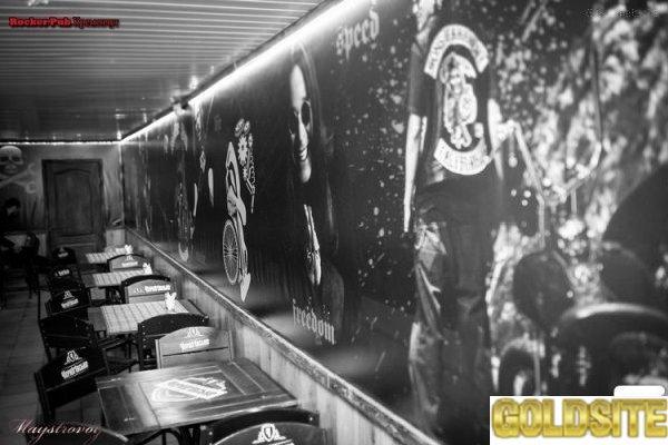 Наружная реклама,  Оклейка Витрин Машин,  Баннеры,  Широкоформатная Печать