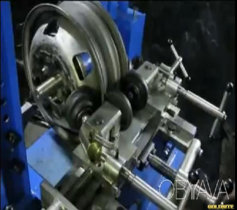 Дископравильное оборудование.   Станок Радиал М2 (ручной привод гидронасоса)