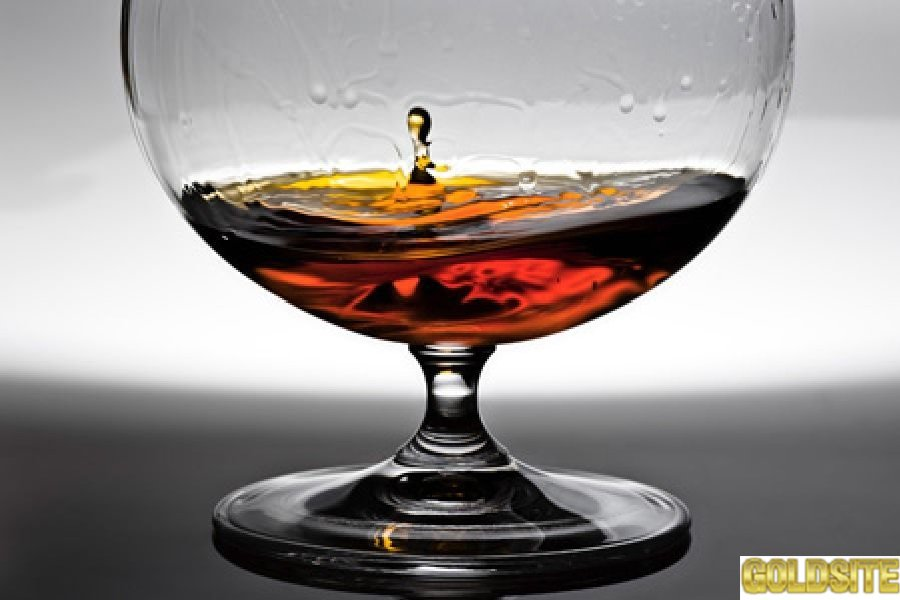 Спирт питьевой,  спирт люкс.  Коньяк продам по Украине.