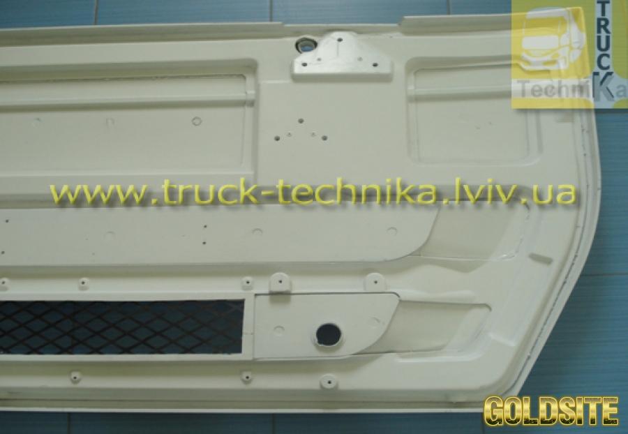 Решетка радиатора Iveco 504170979