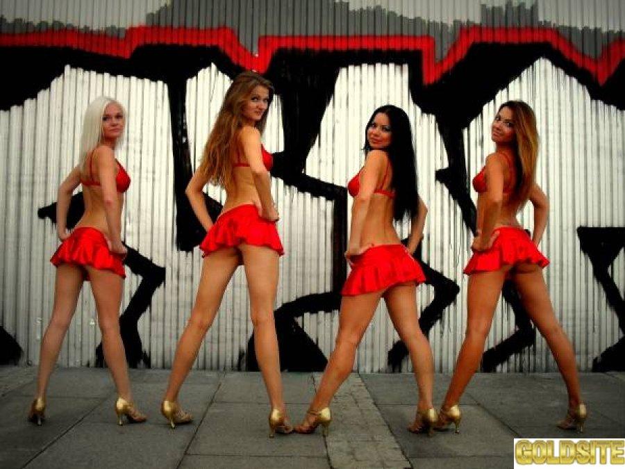 В ночной клуб требуются танцовщицы