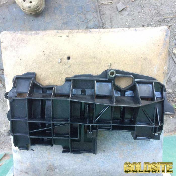 Б/у защита коленвала,  маслоотражатель 7700115568 Renault 1. 9dci