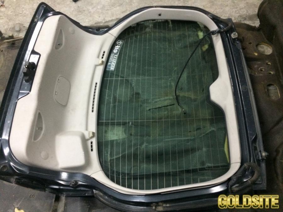 обшивка крышки багажника Renault Laguna 2 Хэтчбек