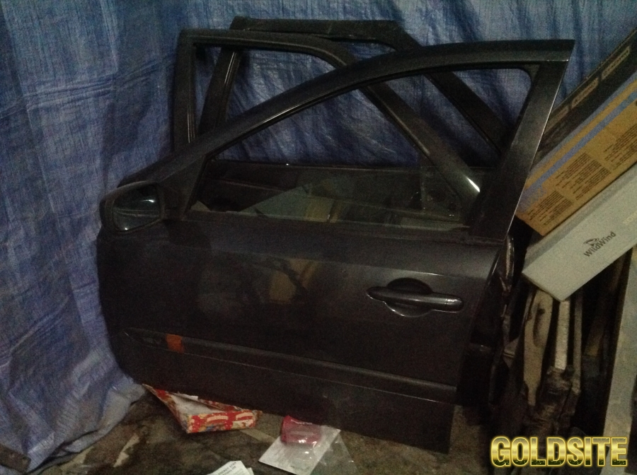 дверь передняя левая Renault Laguna 2,  Рено Лагуна