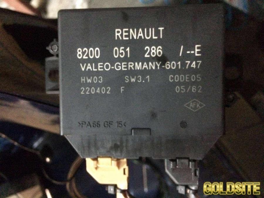 Б/у блок управления парктроником Renault Laguna II,  8200051286,  Рено Лагуна 2