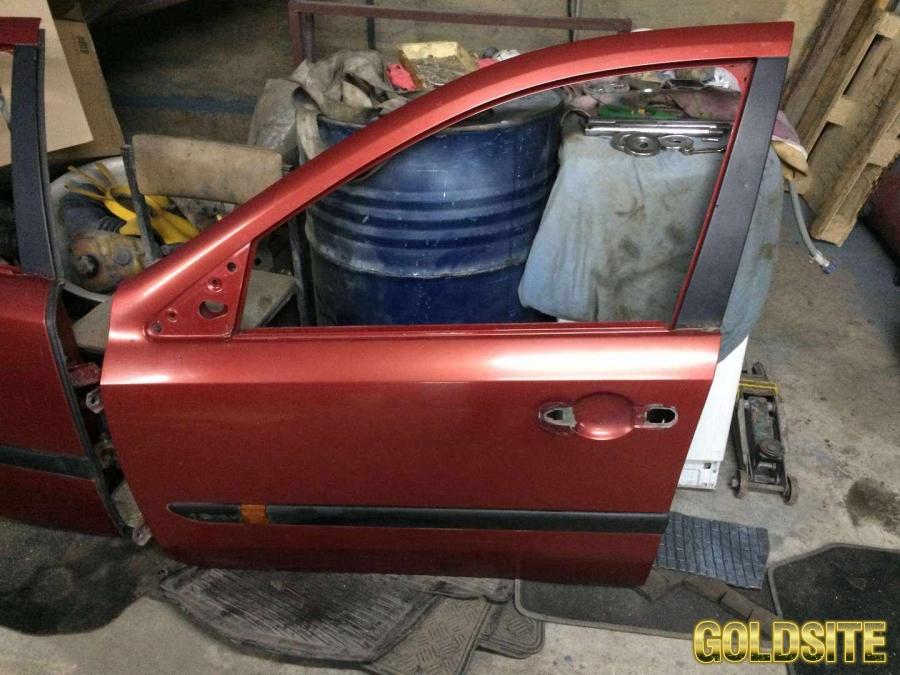 Goldsite Б/у дверь передняя левая 7751471658 Renault Laguna 2,   Рено Лагуна 2,   цвет TEB76