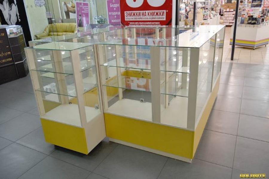 Торговая мебель для магазина,  аптеки или салона красоты.