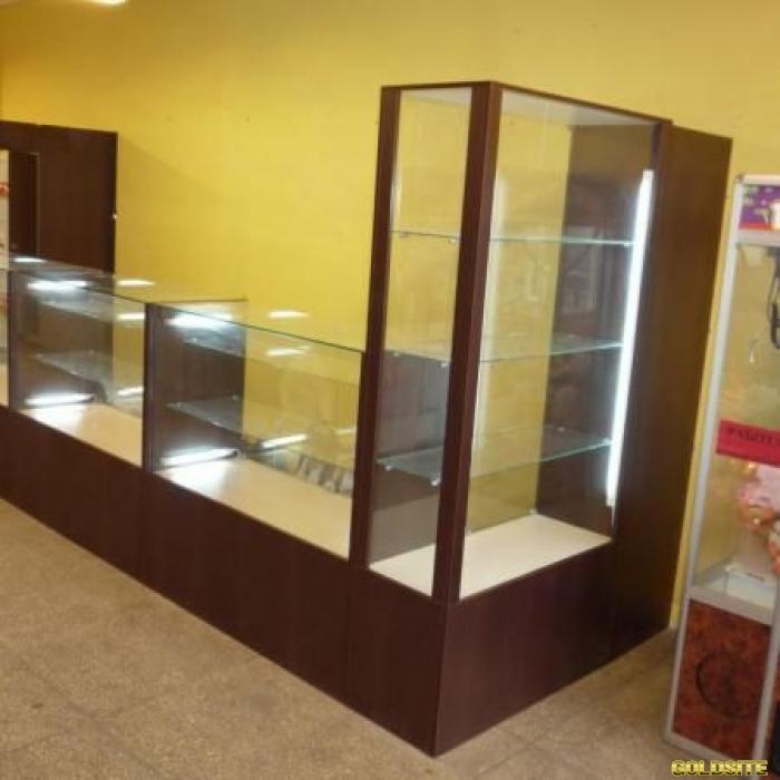 Торгово-выставочная мебель для магазина,  аптеки или салона красоты.