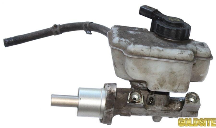 Главный тормозной цилиндр с ABS 2. 0SDI 2 выхода фольксваген кадди 2004-