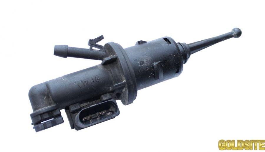 Цилиндр главный сцепления фольксваген кадди 2004-2010 1К0721388F