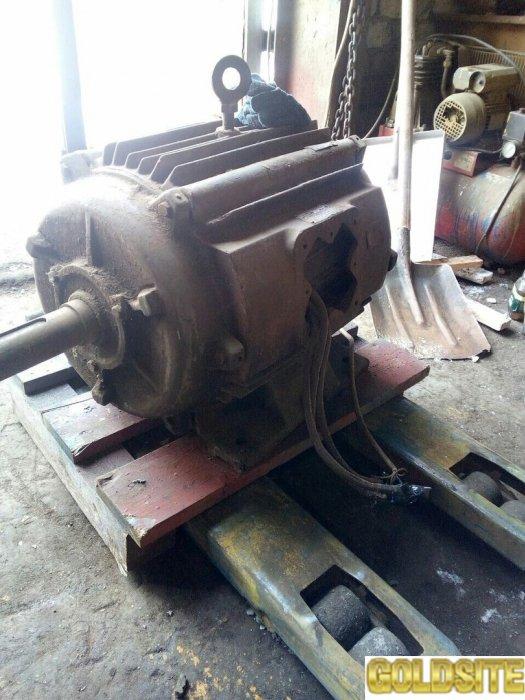 Продам  электродвигатель,  тип 2АО 2-82-4