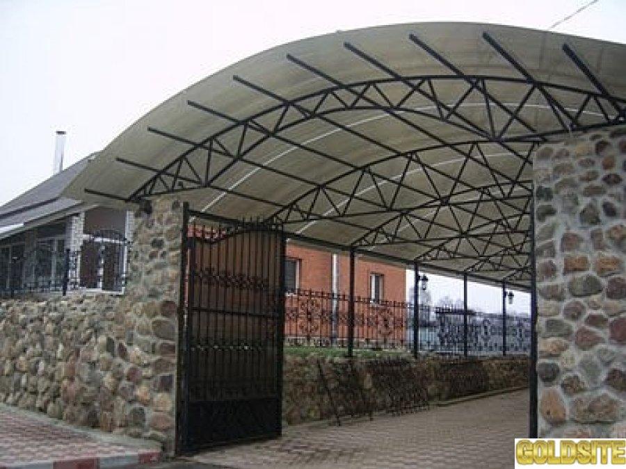 Высококачественный поликарбонат сотовый и литой со склада