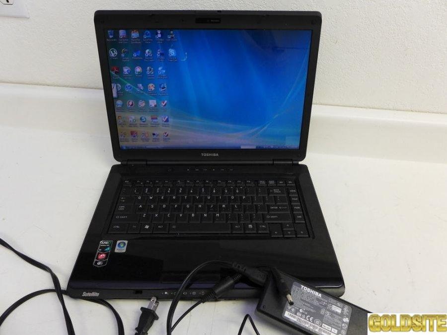 Практически  новый игровой ноутбук Toshiba Satellite L305D.