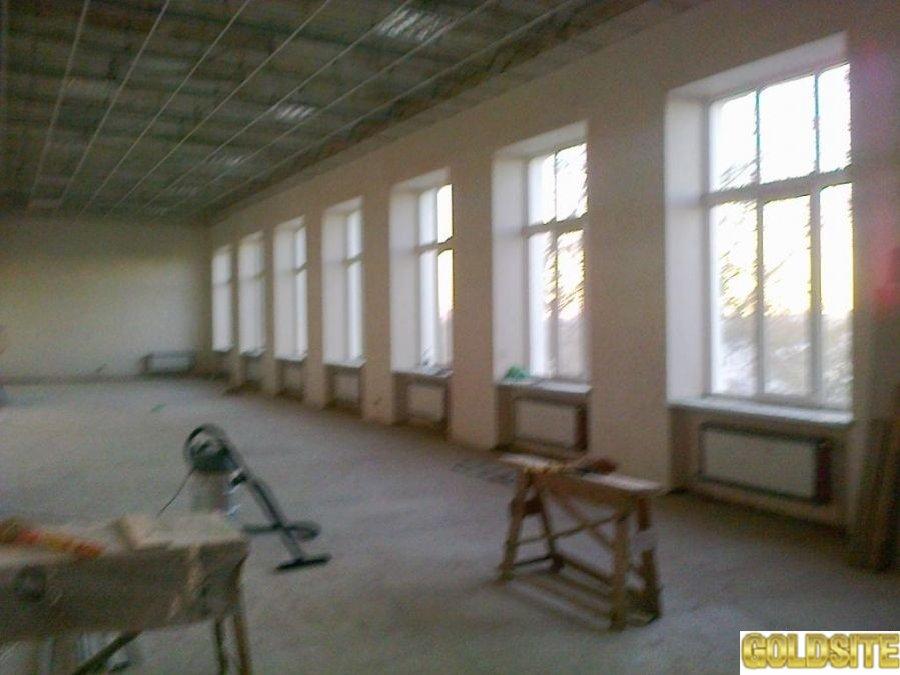 Офисные помещения от 160 до 950 кв.  м. ,  свежий ремонт,  центр города.