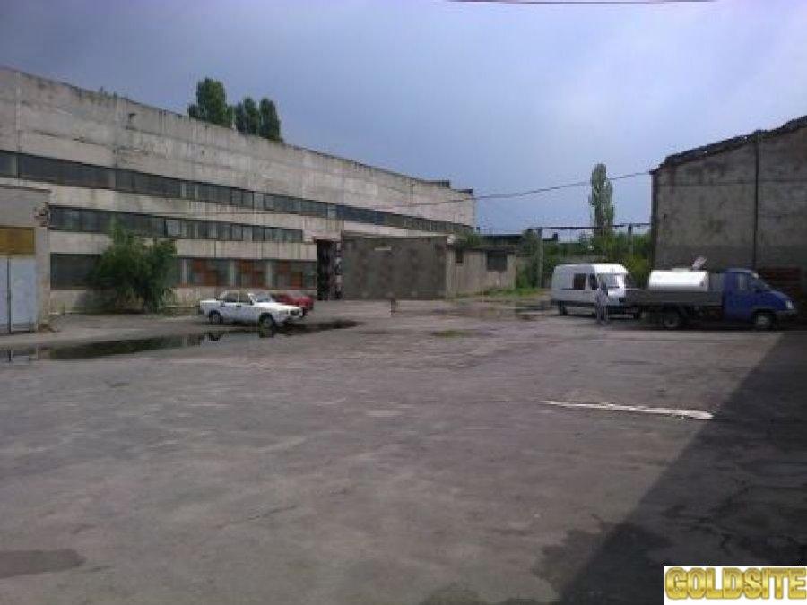 Производственно-складская база 3300 м2,  Московский пр-т.