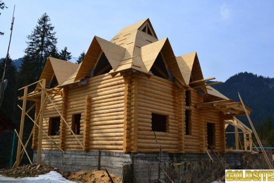 Будинки,   бані,   альтанки,   колодязі із Карпатського дикого зрубу.