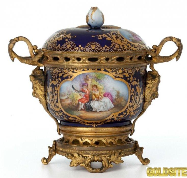 Куплю дорого антиквариат монеты медали ордена картины значки часы и др.  Куплю антиквариат дорого