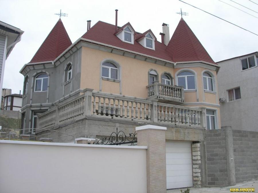 Продам 4-х этажный дом в Крыму