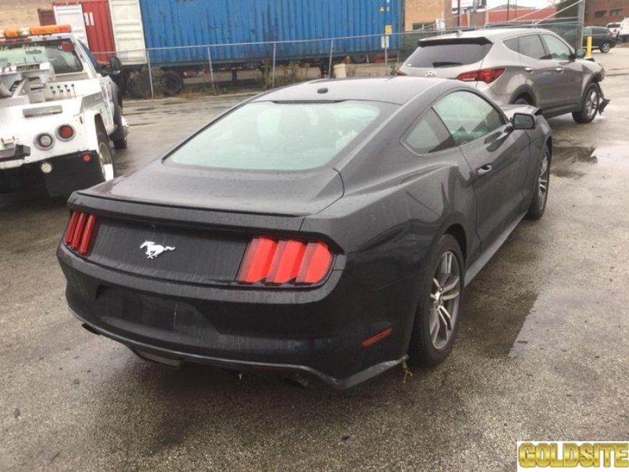 авто после дтп Ford Mustang 2016