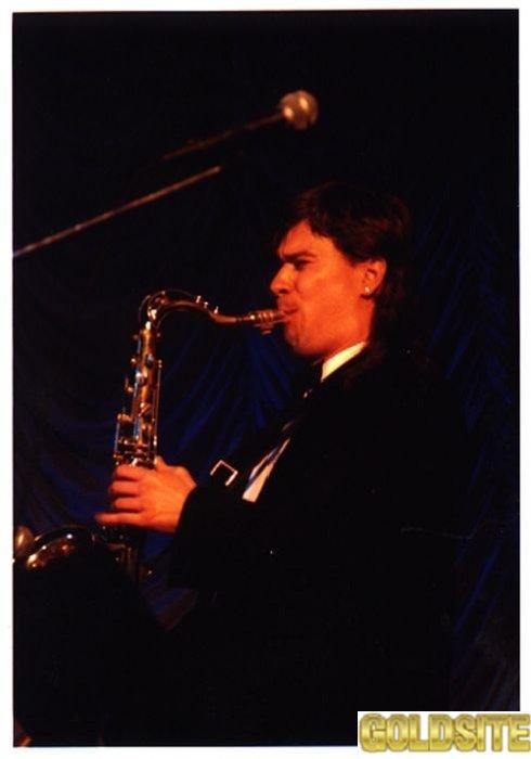 Саксофон - уроки игры,    обучение игре.
