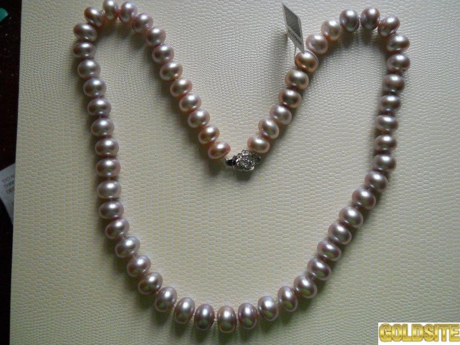 Ожерелье из нежно сиреневого жемчуга, отличного качества.