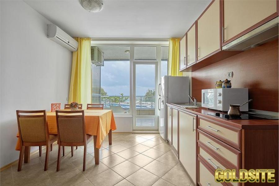 Собственник продает апартаменты в Болгарии