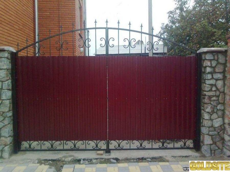 Ворота в Полтаве.