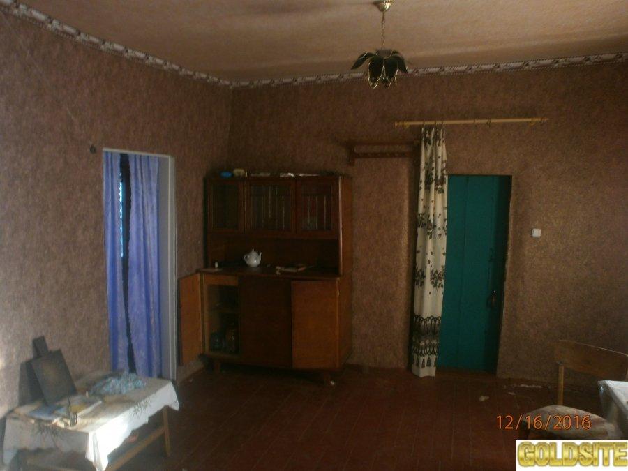 Продам дом в селе Красный Кут недорого