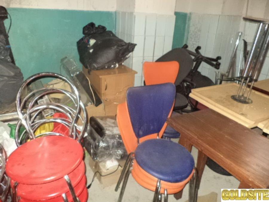 Goldsite Продам стулья б/у для кафе,  дачи