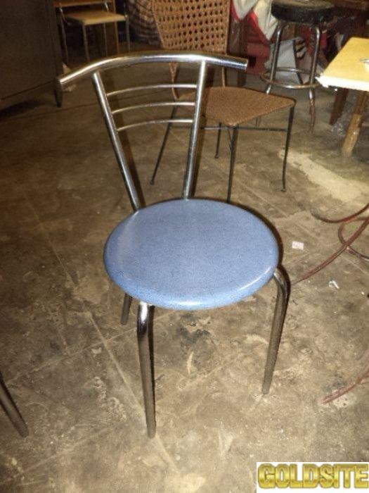 Продам стулья б/у для кафе,  дачи