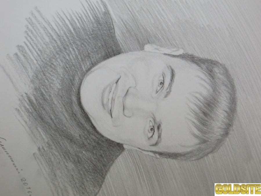 Заказать портрет у художника.