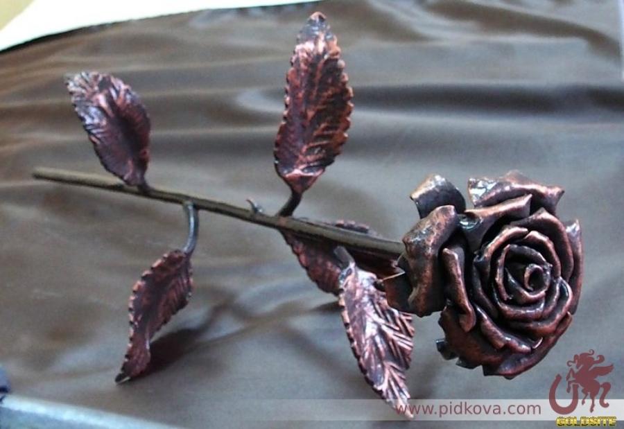 Goldsite Кованая роза.  Ручная работа.