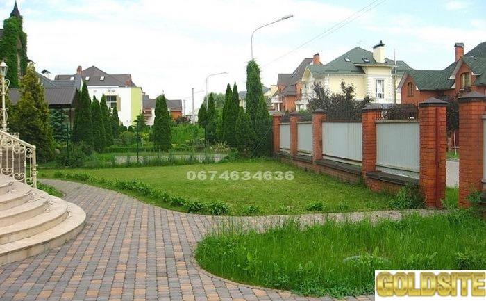 Продажа дома в городке,    лес,    озеро,    Крюковщина